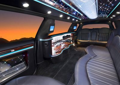 GEM Transportation 10 Passenger Limo